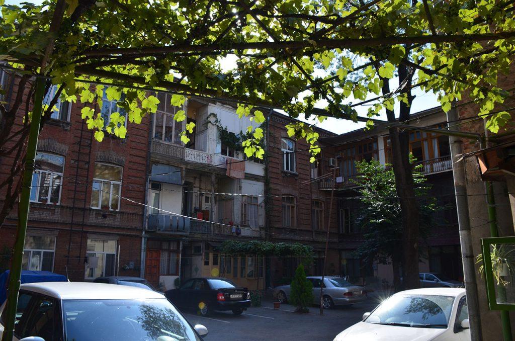 2-Наш Тбилисский дворик
