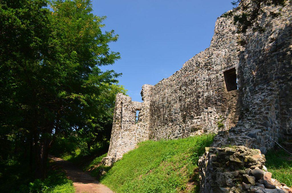 Остатки Крепости Петра