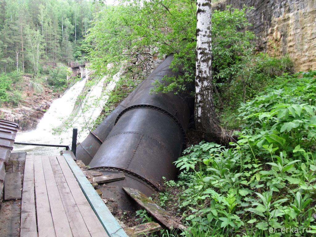Труба водовода Порожской ГЭС