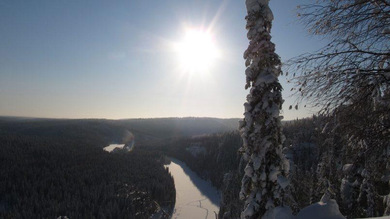 Солнце зимой, на Усьвинских столбах