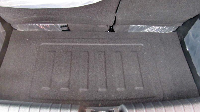 Kia Picanto 2017 багажник