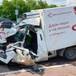 Смертники на Ладах и Уазах. ДТП с Ефремовым откроет глаза водителям фургонов?